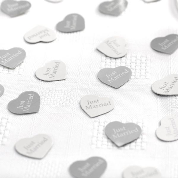 Contemporary Heart Table Confetti - White & Silver (14g)